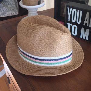 Aerie hat